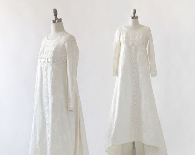 Bridallure wedding gown | Vintage 1960s wedding dress | floral wedding down | Deadstock wedding dress