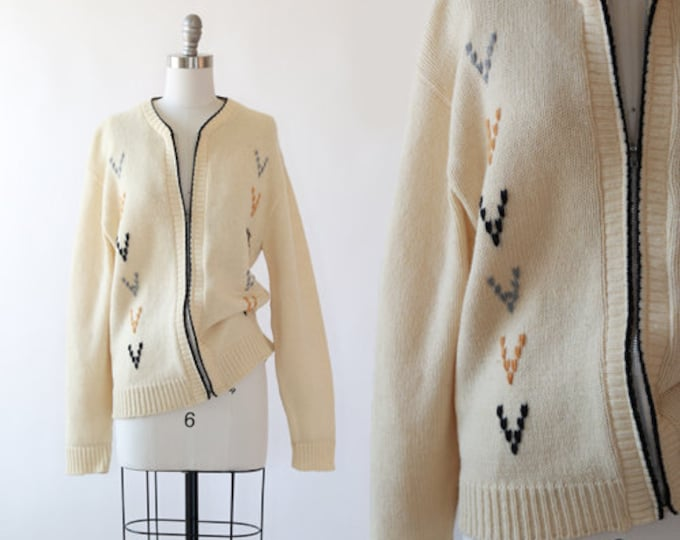 V embroidered knit sweater | Vintage 50s 60s knit wool menswear cardigan