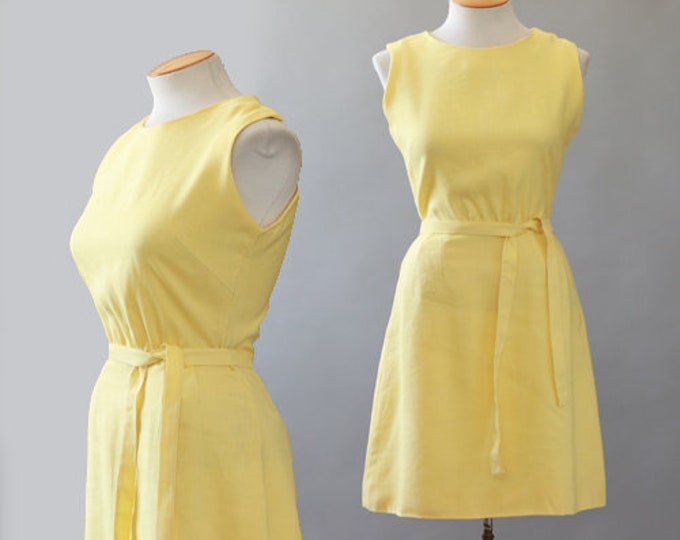 Daisy linen dress | Vintage 60s yellow mini dress