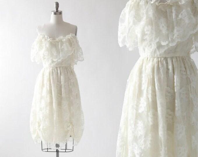 Vintage 80s Ivory floral Lace off the shoulder mini dress   Ivory lace mini Wedding dress