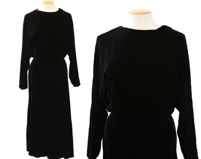 Witchy Velvet dress | Vintage 90s 40s Inky black silk velvet dress