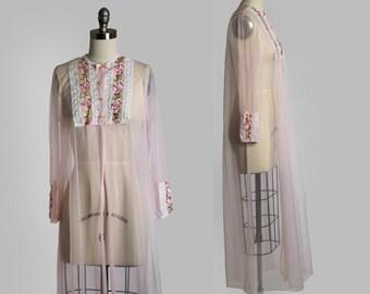 Vintage 50s sheer pink floral lace nylon dress nightgown sleepwear robe