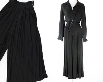 Cropped rayon trousers   90s culottes   1990s black Gauchos