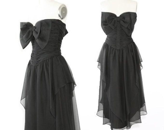 Frank Usher dress   Vintage 80s Avant Garde Bow dress