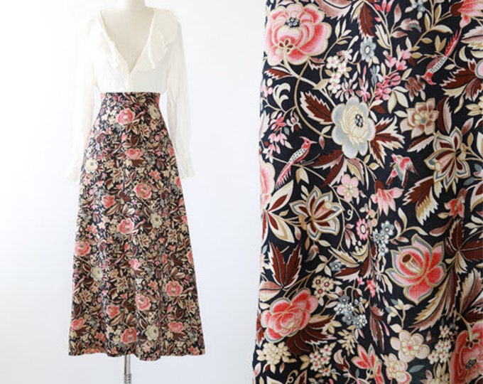 Floral bird maxi skirt   vintage 70s high waist floral skirt