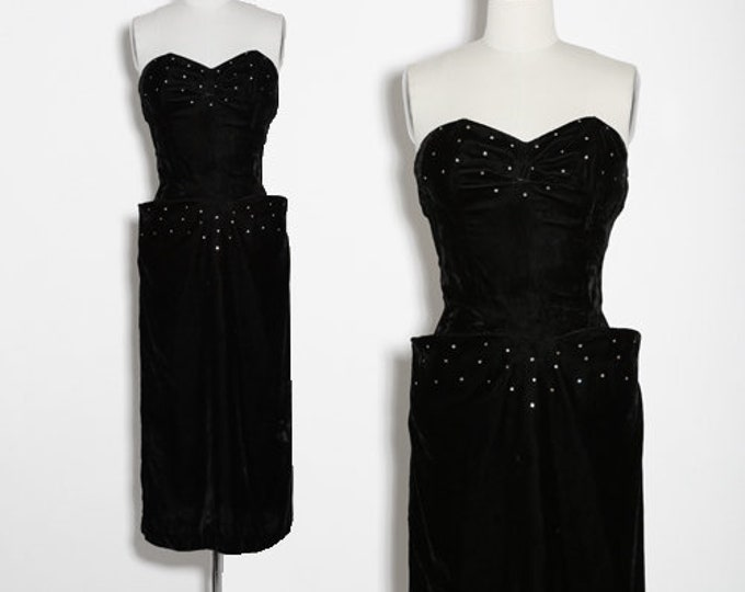 J'Adore velvet dress | Vintage 40s black rayon velvet dress | 1940s rhinestone velvet dress