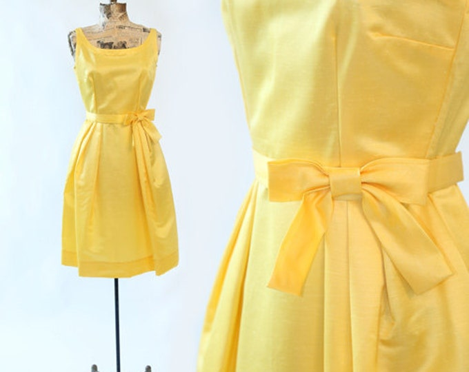 Vintage 60s Yellow BOW mini dress