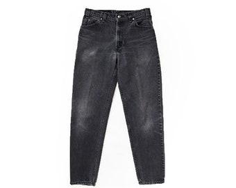 550 High waist Levis | Vintage 80s 550 faded Levis black denim orange tab straight leg jeans USA W32 L33
