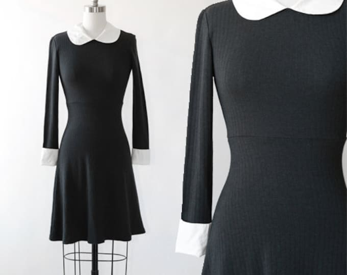 French mini dress | Vintage 90s stretch ribbed peter pan collar dress