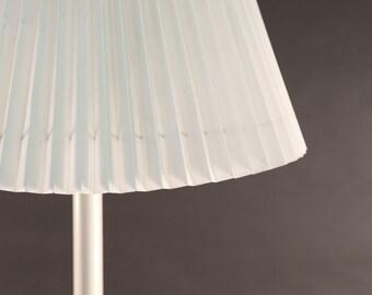 HEYCO lamp | Vintage Mid Century Modern White metal lamp | Modern table lamp