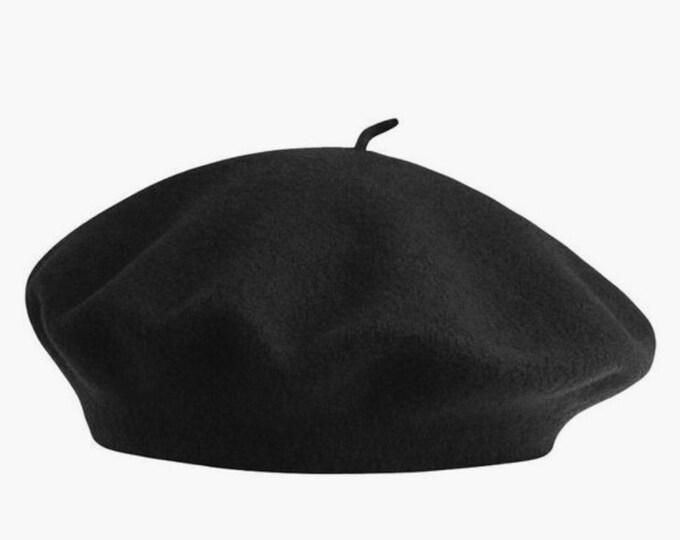 Black Beret hat | Vintage 90s Liz Claiborne wool beret