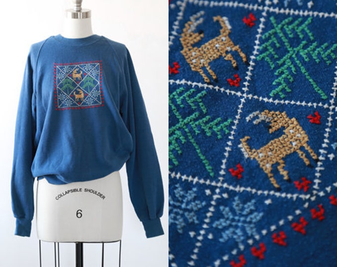 Needlepoint Christmas sweater | Vintage 80s Christmas reglan sweatshirt | Holiday Sweater