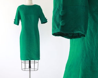 ff07fe5d480 Vintage 60s green linen shift dress