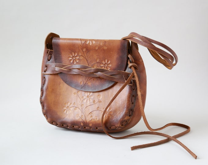 Floral tooled leather purse | Vintage 60s tooled leather purse | large boho purse