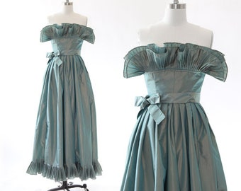 Victor Costa gown | Vintage Victor Costa Couture green iridescent ruffle dress