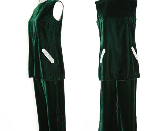 Emerald velvet suit | Vintage 60s green velvet suit | MOD Mini dress