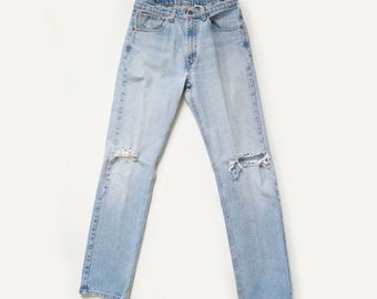 prefect worn in 505 Levi's | Vintage 80s frayed Levis W31 L34