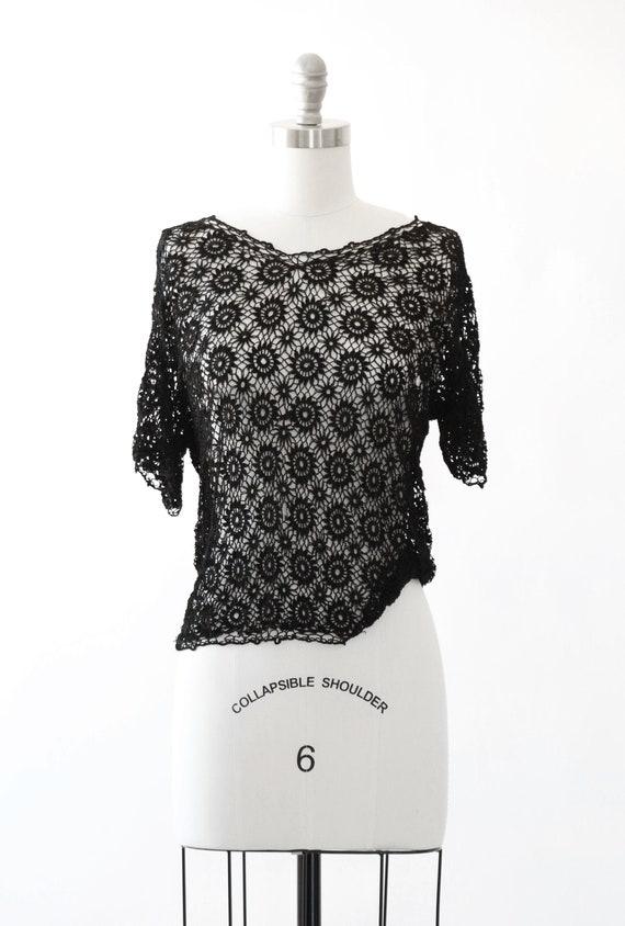 Floral crochet top | Vintage 40s black crochet net