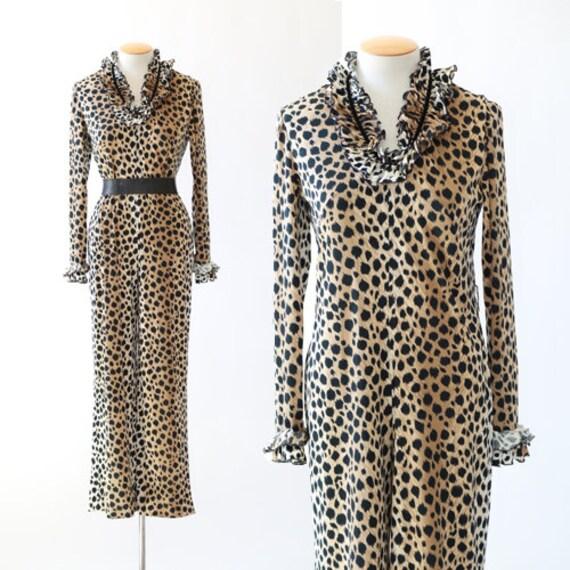 Solo Leopard print jumpsuit   vintage 60s leopard