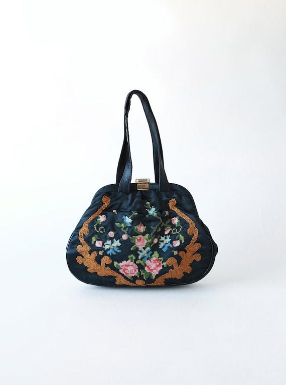 Floral Needlepoint handbag | Vintage 40s needlepoi