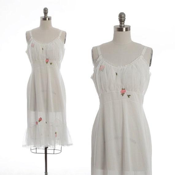 Laros floral slip |  Vintage 50s white floral slip