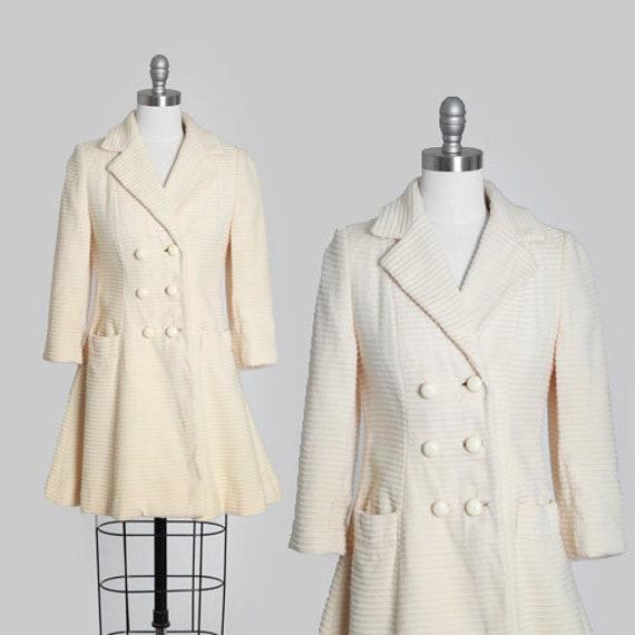 Lilli Ann wool coat | Vintage 60s cream woven stri
