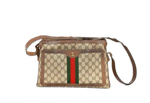 Gucci purse | Vintage 80s Gucci monogram GG should