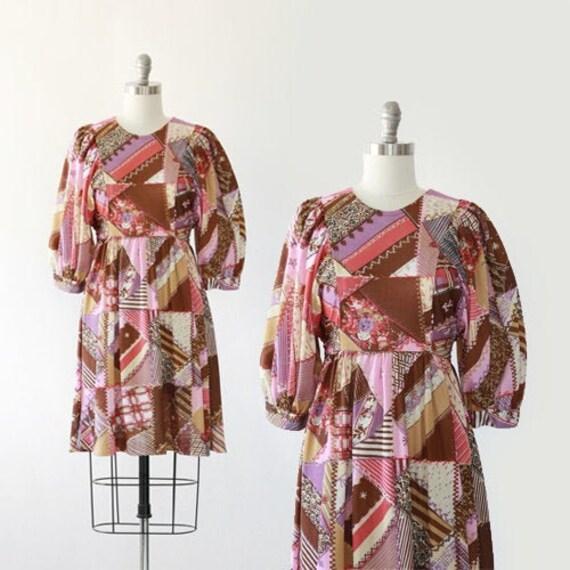 Patchwork mini dress | Vintage 60 70s Floral patch