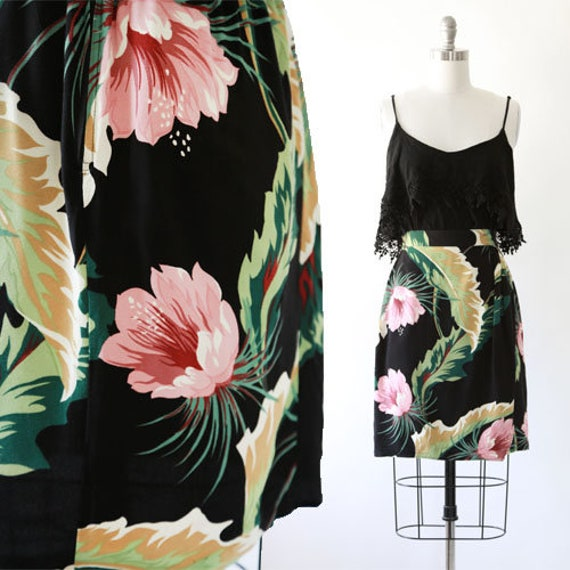 Floral mini skirt | Vintage 80s tropical floral le