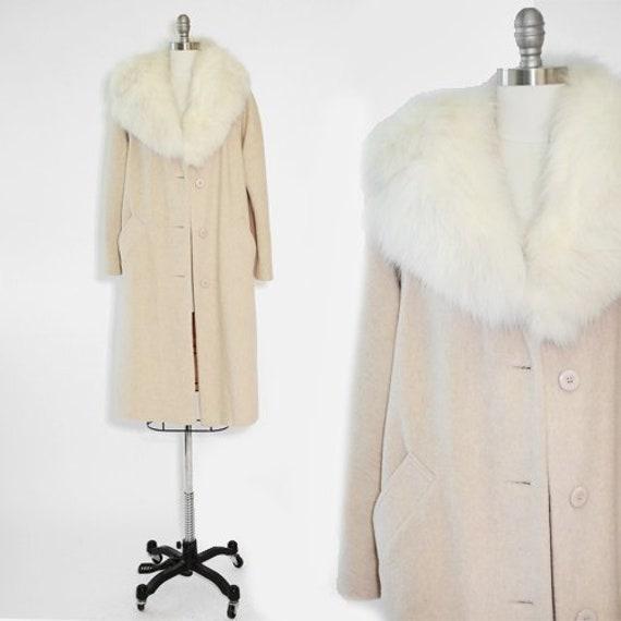 White Fox Fur Coat Vintage 1960s, White Fox Fur Coat Collar