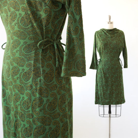 McKettrick paisley dress | vintage 60s green paisl