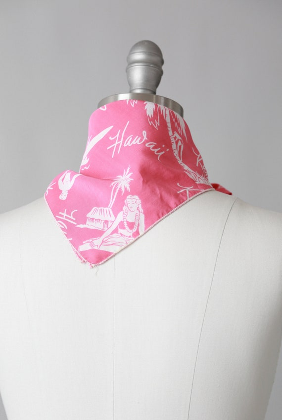 Pink Hawaiian scarf | Vintage 40s tropical Hawaii… - image 7