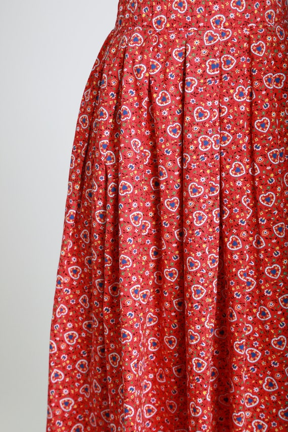 50s novelty print skirt | Vintage 50s novelty hea… - image 3