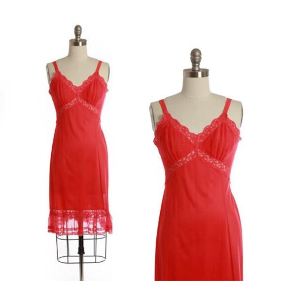 Bias cut slip dress   Vintage 40s 50s Hot pink sl… - image 1