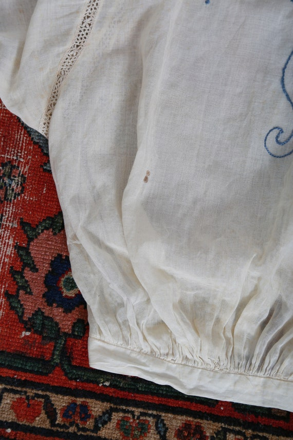 Antique 1900s Edwardian hand embroidered blue scr… - image 4