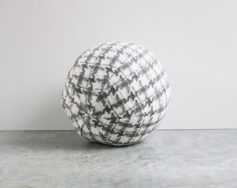 Ball cushion - white and grey gray houndstooth