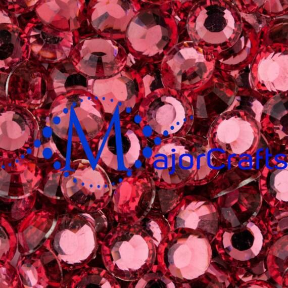 Rich Pink Flat Back Round Resin Rhinestones Embellishment Gems C24
