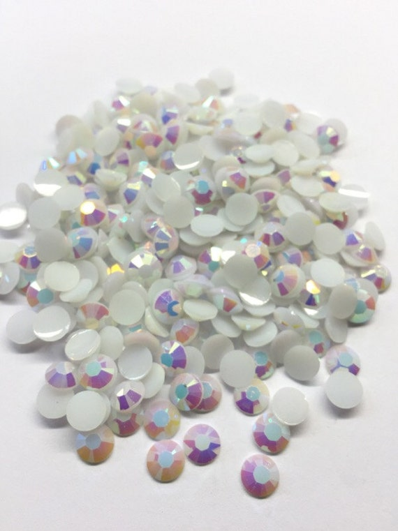 MajorCrafts White AB Flat Back Round Resin Rhinestones Embellishment Gems C61