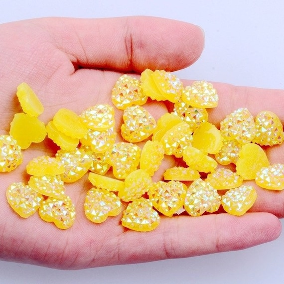 MajorCrafts® 60pcs 12mm Candy Yellow AB Flat Back Heart Resin Rhinestones Embellishment Gems C06