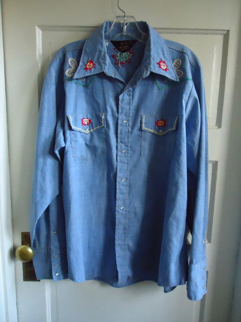 Vintage 70s SEARS HAND Embroidered Chambray Shirt sz L