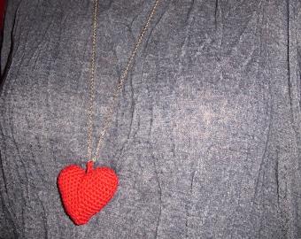 Necklace with pendant hearts Amigurumi