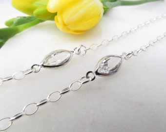 22ef3a9f6153 Silver Glasses Chain with Crystal Swarovski  Reading Glasses Necklace   Necklace Holder  Eyeglasses Chain  Cord for Readers  Glasses Lanyard