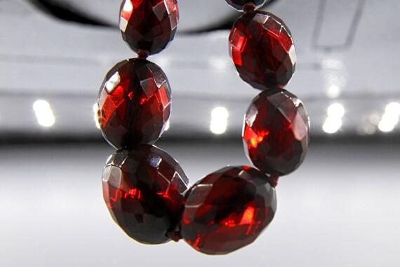 Art Deco Cherry Amber Bakelite Necklace, Vintage … - image 3