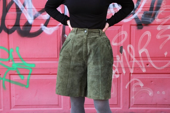 Unused Real Leather Olive Green Short Pants Size X