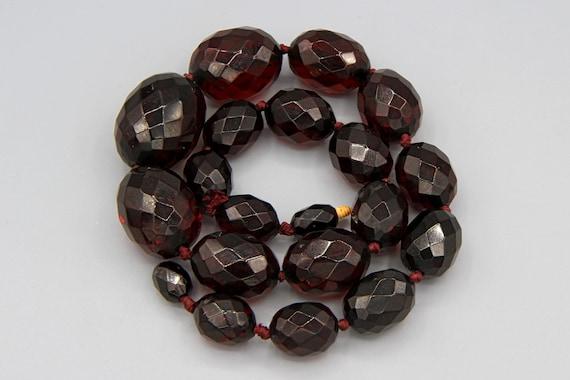 Art Deco Cherry Amber Bakelite Necklace, Vintage 1