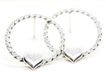 Heart Circle Stud Earrings Sterling Silver Geometric Hammered Everyday Earrings Modern Minimal Jewelry Dainty Heart Hoop Earrings
