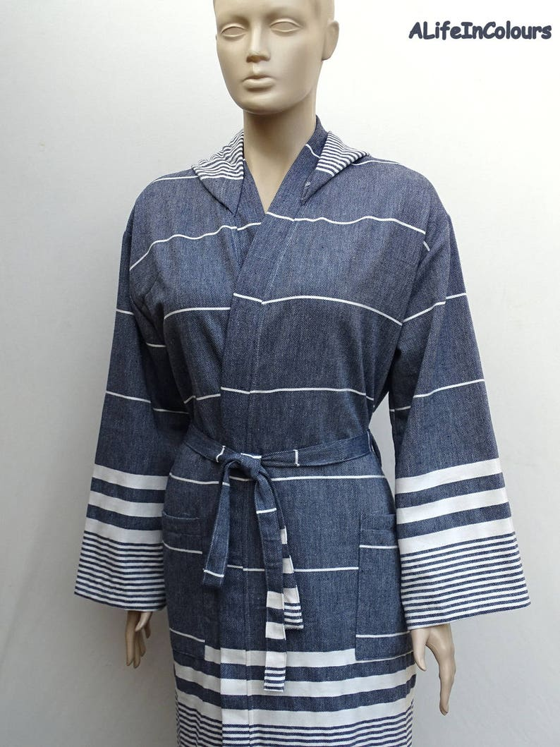 Soft Turkish cotton light weight dark navy blue colour hooded  fc4556811