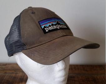 2508d54c18d2c Vintage Olive Green Patagonia Snap-Back Mesh Trucker Baseball Cap Hat  Adjustable Size