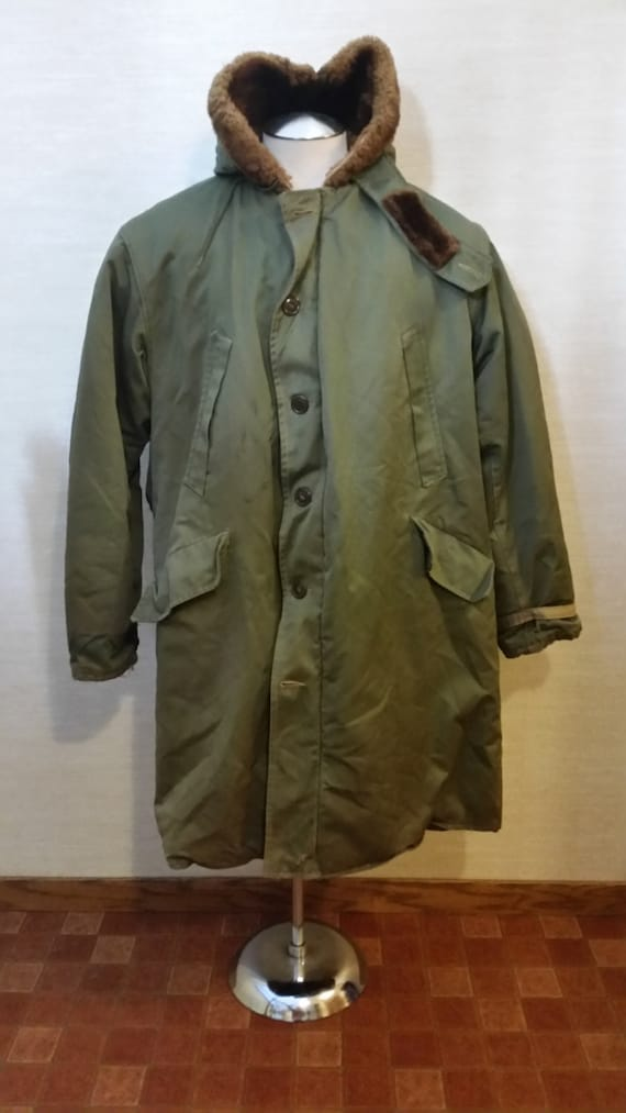 Vintage 1940's Men's Rugged Olive Canvas US Army A