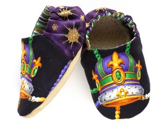 Mardi Gras Baby Boy Shoes, Size 6-12 mos, Mardi Gras Crown for Baby, Baby Soft Shoes, Slip On Baby Shoes, Mardi Gras Baby Boy Gift